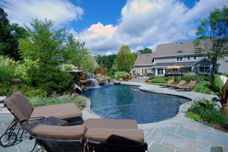 бассейн на даче фото