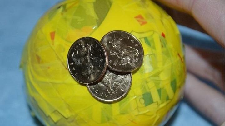 крепим монеты