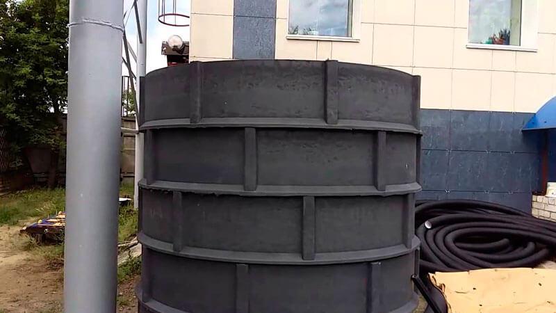 пластиковый колодец для питьевой воды